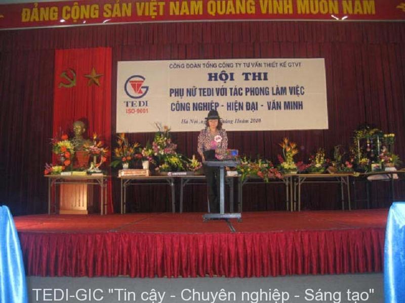 Hoi thi Phu Nu TEDI