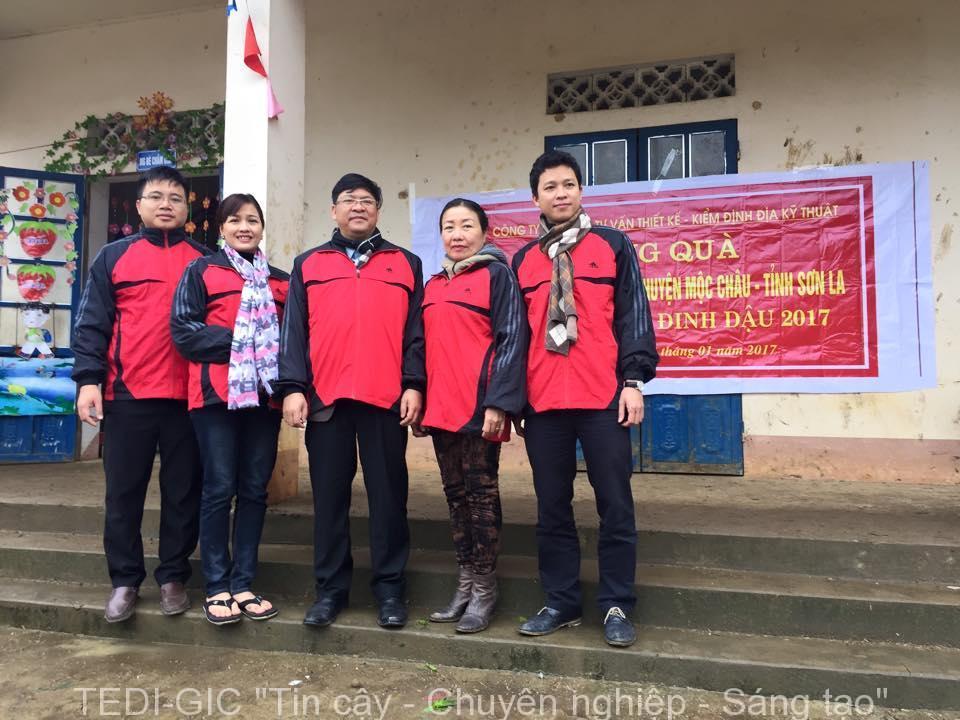 Tang qua Moc Chau 2017 (9)